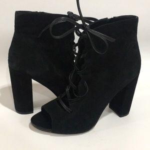 Sam Edelman Yvie Black Suede Ankle Bootie size9